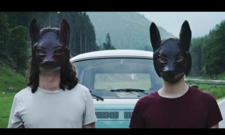 """Foxes"" il nuovo video dei Crowsroads"